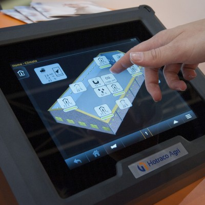 Close-up van het touchscreen (foto: Hotraco)